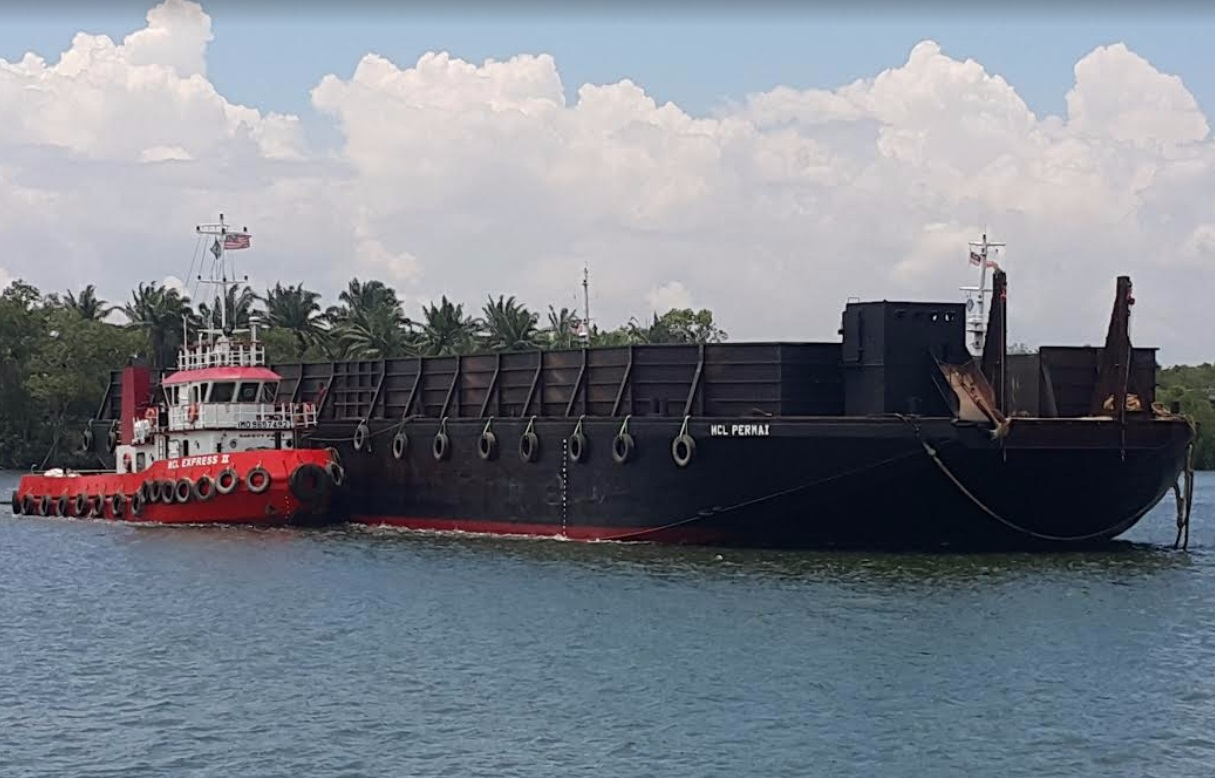 Barges MCL Permai
